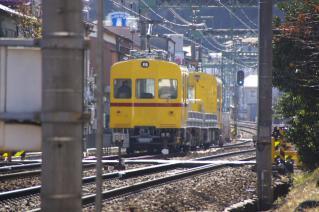 浦賀道(金沢):追浜付近を走る資材運搬列車