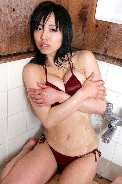 坂ノ上朝美Gカップ美巨乳おっぱい画像-4b30.jpg