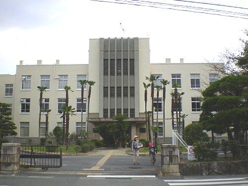 八幡商業高校1
