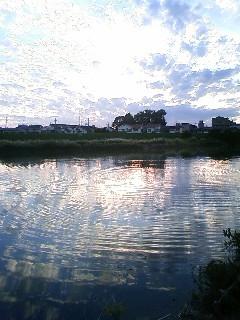空と水 藻川
