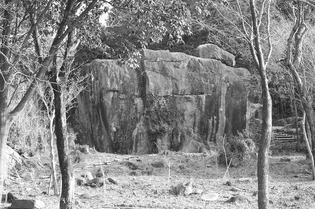八面山の石舞台