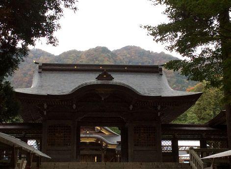 20141027雨模様の弥彦神社