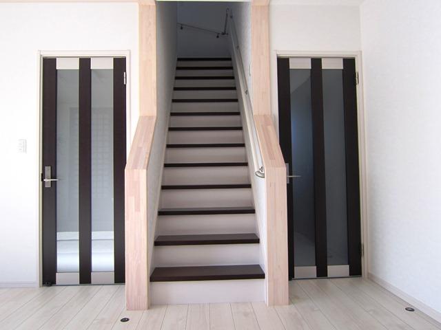 階段(2階へ)