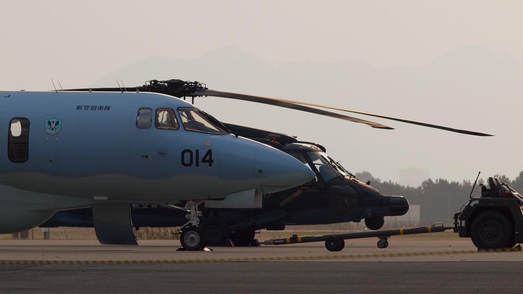 U-125AとUH-60J