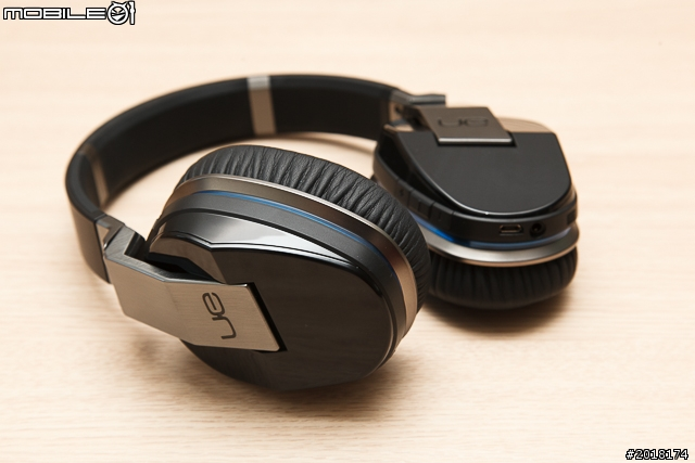 Bluetooth_Headphones_06.jpg