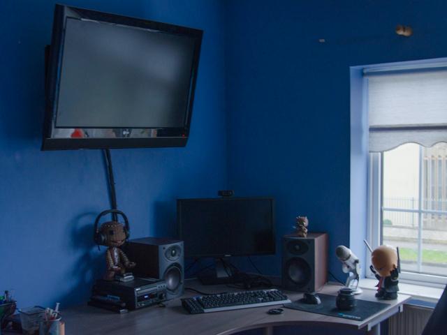 Desktop14_94.jpg