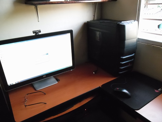 Desktop14_96.jpg