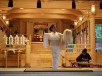 八千代獅子・奉納舞