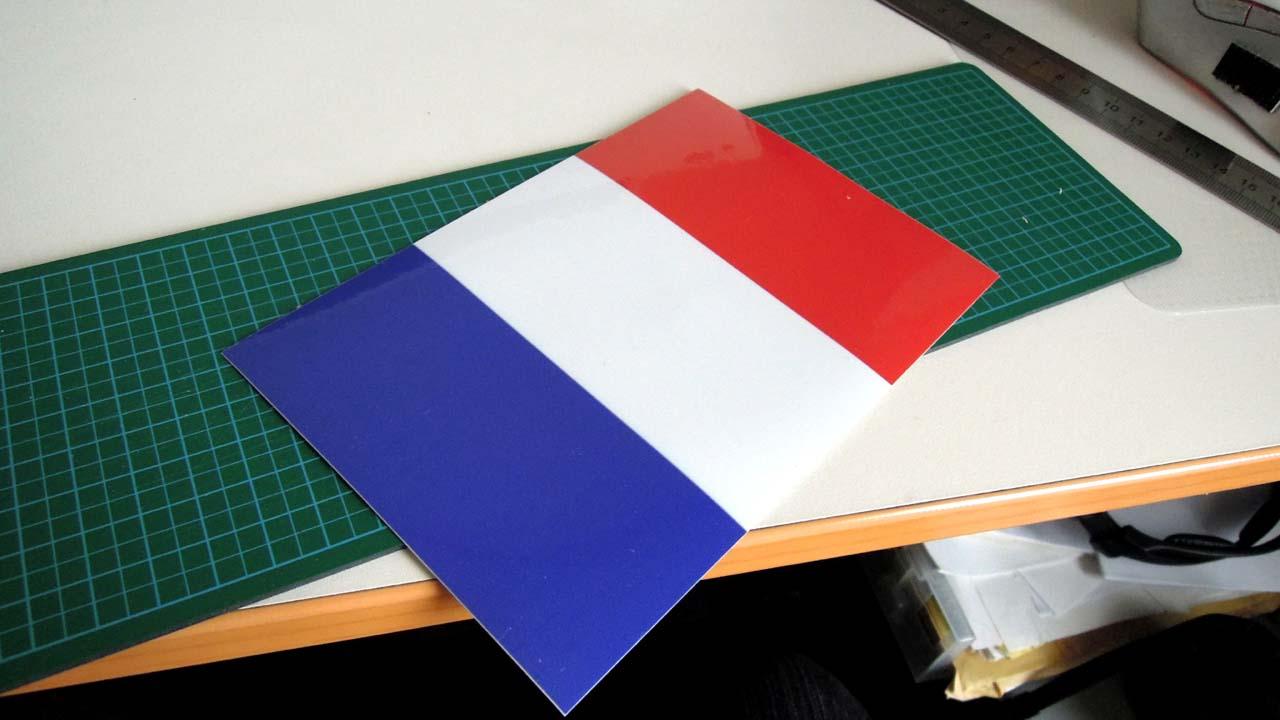tricolor01.jpg